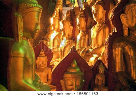Buddha statues on the cave of Pindaya on Myanmar