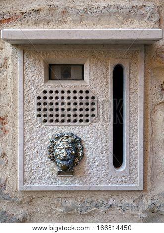 beautiful stone retro intercom house in Venice
