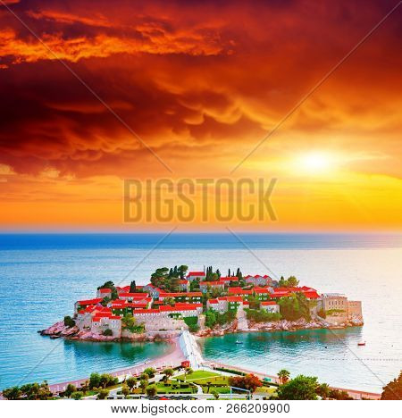 Gorgeous view of the small islet Sveti Stefan. Location place Montenegro, Adriatic sea, Europe. Scenic image of most popular european travel destination. Summer vacation. Discover the beauty of earth.