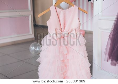 Apparel,background,beauty,birthday,bright,celebrate,celebrating,celebration,change Clothes,children,