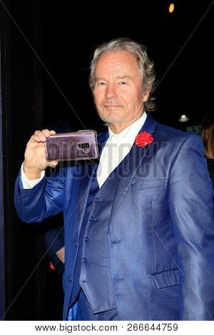 WEST HOLLYWOOD - OCT 29: John Savage arriving at the Premiere of Boy Erased at the Directors Guild of America on October 29, 2016 in West Hollywood, California