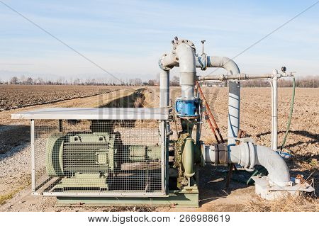System For Pumping Irrigation Water For Agriculture