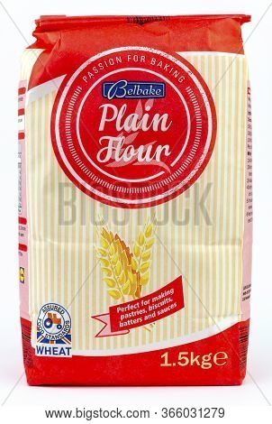 Coventry, West Midlands, Uk - May 13, 2020: Bag Of Lidl Brand Belbake Plain Flour Unopened On An Iso