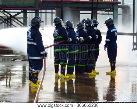 Rayong Province, Thailand ,october 04, 2019 : Firefighters Team And Rescue Training. Firefighter Spr