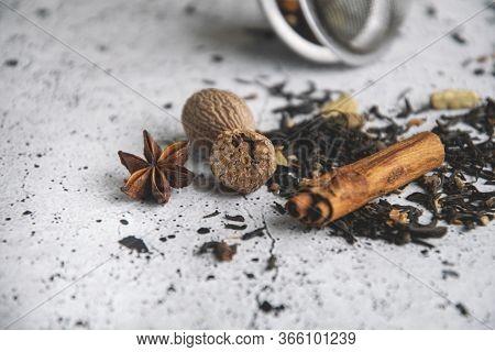 Masala Chai Black Tea With , Cinnamon, Nutmeg, Cardamom, Star Anise, Clove