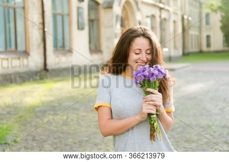 Simple Happiness. Summer Pleasures. Make Her Happy. Flowers Delivery. Fresh Wildflowers. Flowers Sho