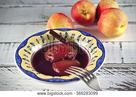Peach And Nectarine Dessert In Red Wine. Spanish Desserts, Spanish Food