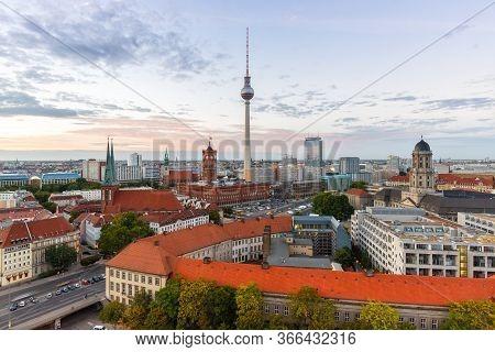 Berlin Skyline Tv Tower Townhall Germany City