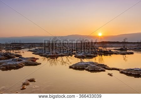 Dead Sea Israel Sunrise Morning Water Landscape Nature
