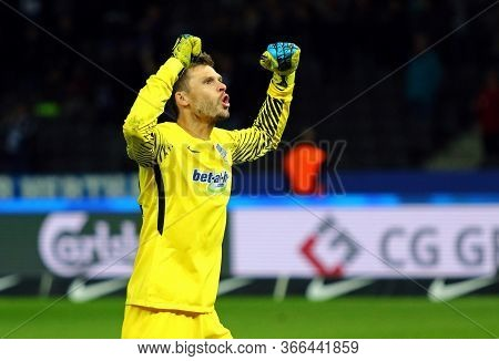 Berlin, Germany - September 20, 2017: Goalkeeper Rune Jarstein Of Hertha Bsc Berlin Reacts After Won