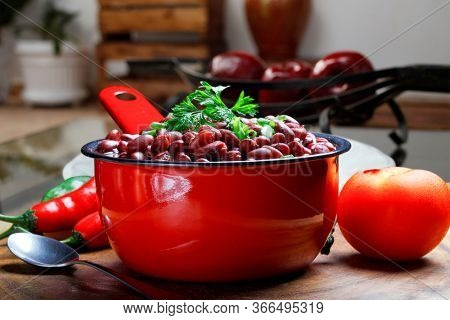Beans cooked in the bowl food