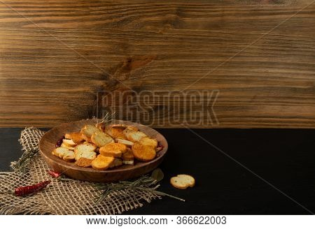Crunchy Croutons, Bruschetta Crackers, Rusks Or Small Fried Bread
