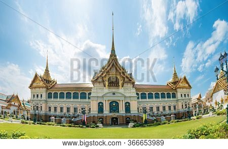 Panorama Of Grand Palace Complex, View To Chakri Maha Prasat Throne Hall. Bangkok, Thailand