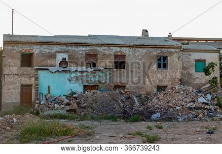 A One Collapsed House Full Of Rubble
