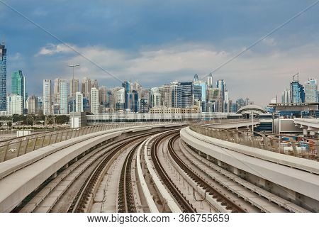 Dubai Metro Is The Worlds Longest Fully Automated Metro Network