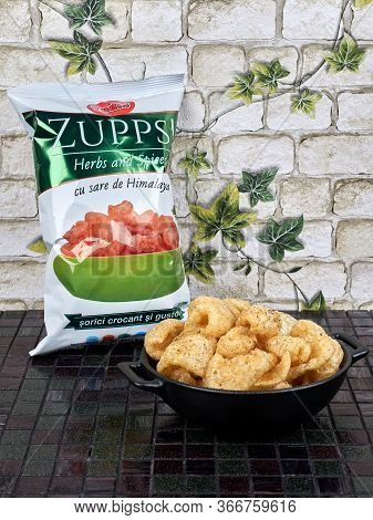 Bucharest, Romania - November 25, 2019: Zupps, A Local Brand Of Deep Fried Pork Rinds, Resembling Ch