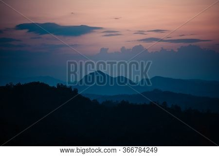 Sunset-mountain In The Evening,mountains And Evening Sun