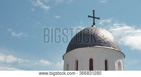 Dome Of The Borisoglebsky Cathedral In Chernigov. The Dome Of The Orthodox Church Against The Sky.