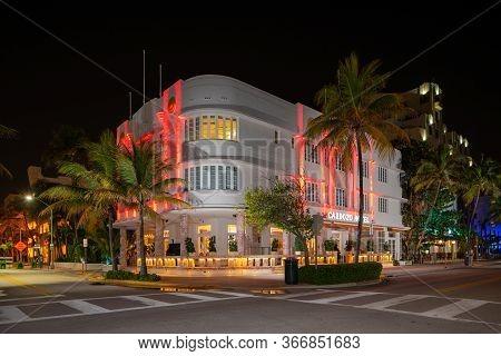 Miami Beach, Fl, Usa - May 17, 2020: Cardozo Hotel Miami Beach Ocean Drive Shut Down Coronavirus Cov