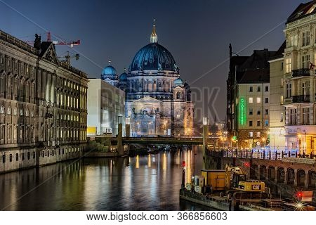 Berlin / Germany - February 13, 2017: Berlin Cathedral (berliner Dom) On The Museumsinsel In Central