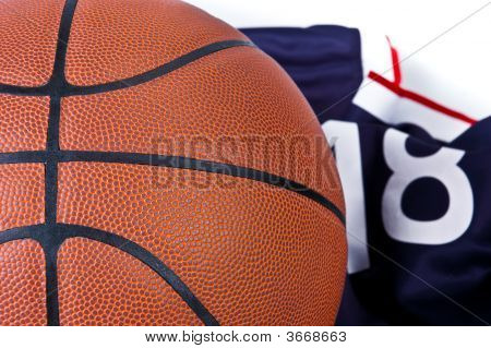 Basket Ball With T-Shirt