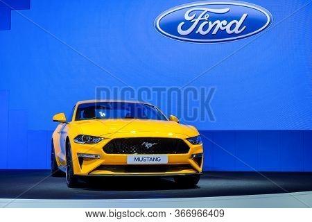 Nonthaburi-thailand 28 Nov 2018: Ford Mustang Show On Display At The 35th Thailand International Mot