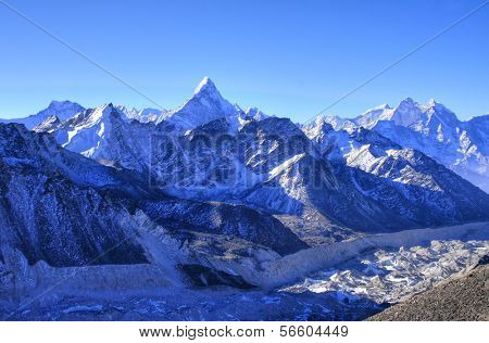 Khumbu Valley with the Himalayan Mountain Range and the outstanding Ama Dablam Mountain in the Sagarmatha (Mount Everest) National Park in Nepal