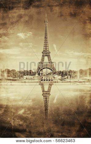 Vintage Sepia Picture of Tour Eiffel (Eiffel Tower) in Paris