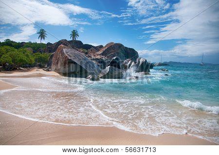 The Baths Landmark - Virgin Gorda (Tortola)