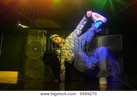 Man Dances