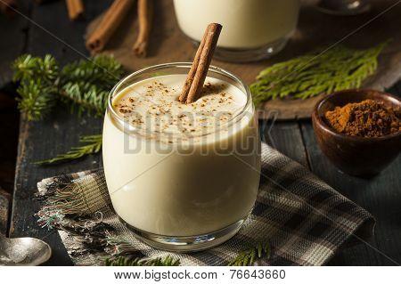Homemade White Holiday Eggnog