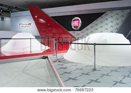 Fiat  Press Conference To Debut Car