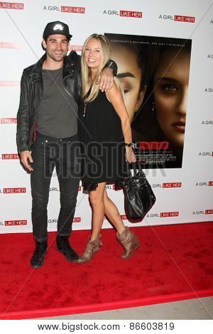 LOS ANGELES - MAR 27:  Justin Gaston, Melissa Ordway at the