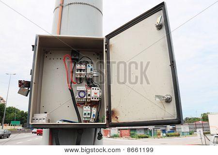 Safety Fuse Box Break Open