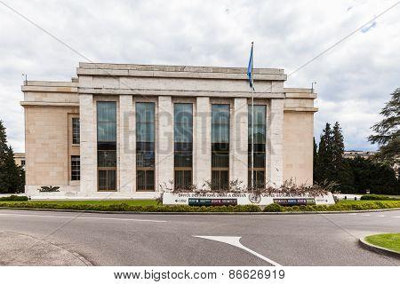 Un Office Building In Geneva