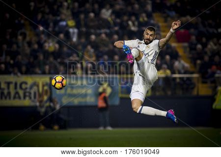 VILLARREAL, SPAIN - FEBRUARY 26: karim Benzema during La Liga match between Villarreal CF and Real Madrid at Estadio de la Ceramica on February 26, 2017 in Villarreal, Spain