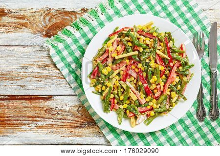 Delicious Nutrient-rich Salad With Green Beans