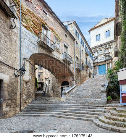 Catedral de Santa Maria de Gerona, view from narrow street, Barcelona, Spain, Catalonia