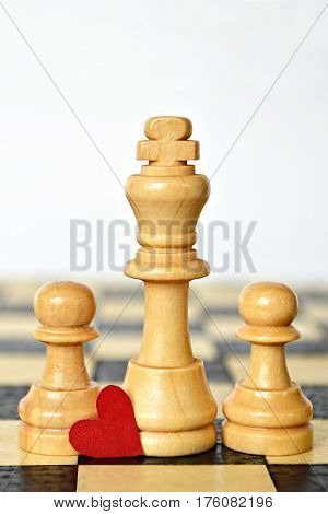 Happy Fathers Day: King and pawns on chess board