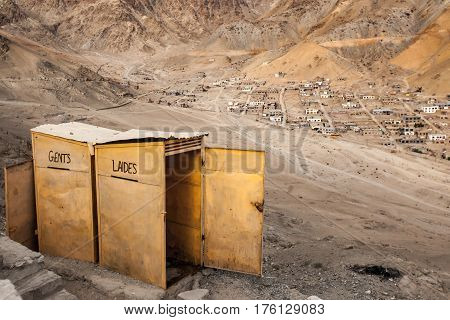 Leh Ladakh is very beutiful place good view