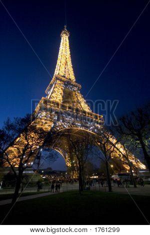 070407_036_paris_eifel_tower