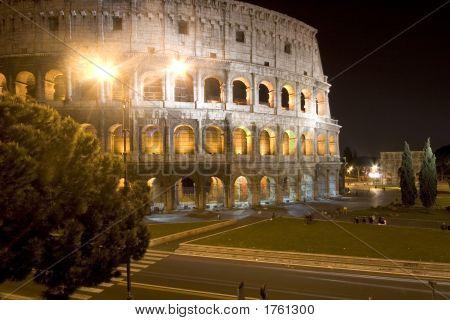 070409_054_Rome_Coliseum