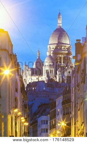 The Sacre Coeur basilica in the evening, Paris, France.