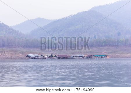House rafting at Mae Ngad dam, Maetaeng Chiangmai province , Thailand