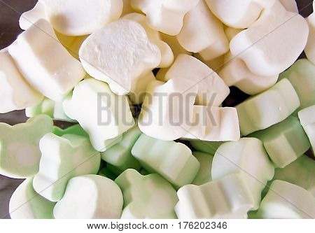 Marshmallow colorful marshmallow marshmallow in a plate
