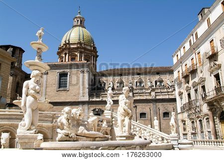 Fountain With Scultures Of Pretoria Square At Palermo