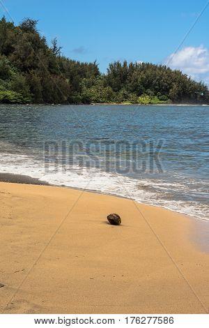 Sand beach along Hanalei Bay in Kauai, Hawaii