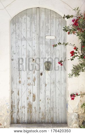 Old grunge door of an Meditarrenian home