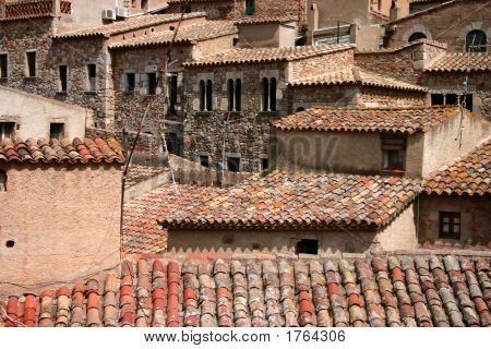 Crowded Spanish Houses
