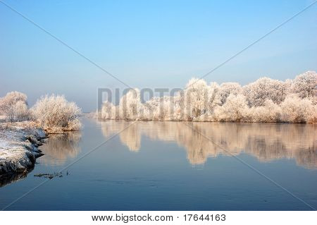 Winter morning on the river Odra.